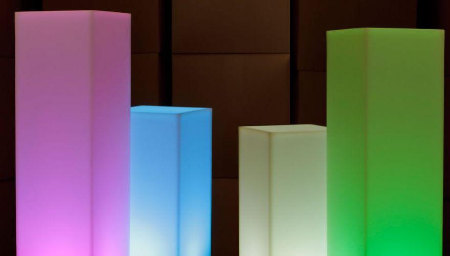 Colonnes lumineuses carrées