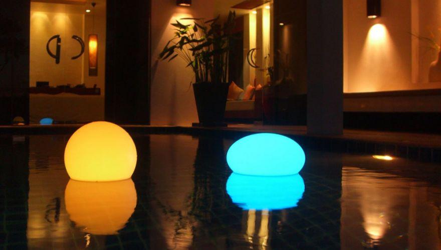 Sphères lumineuses LED